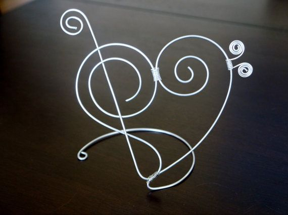 Musical Wire Cake Topper with Treble Clef and Bass Clef in Heart Shape, Wedding Cake, Special Event Cake Topper, Music Note