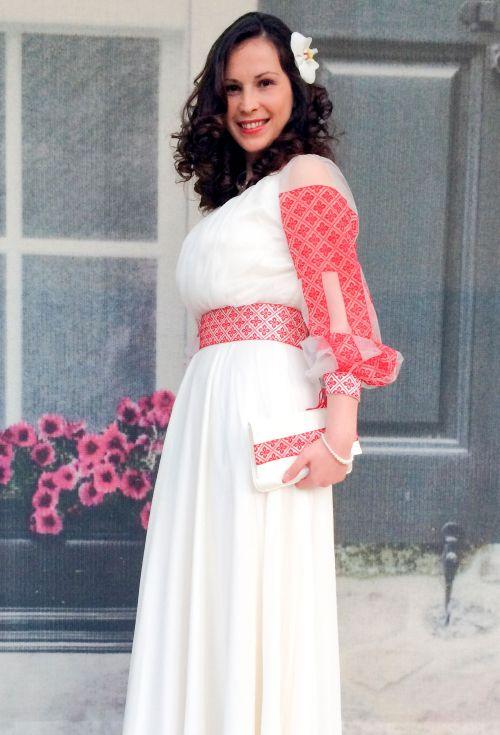 Rochie de mireasa traditionala romaneasca | costume, ii si camasi stilizate | Pagină 17