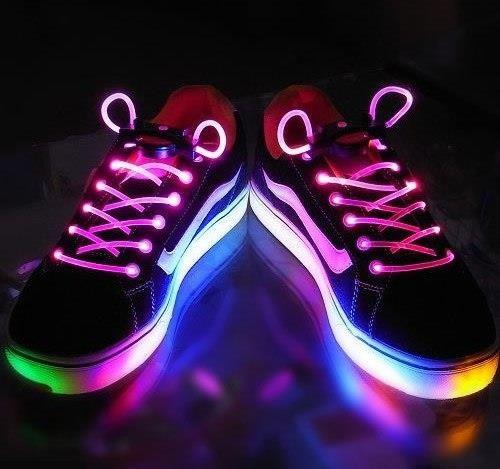 Ботинки светящийся адидас с неоном