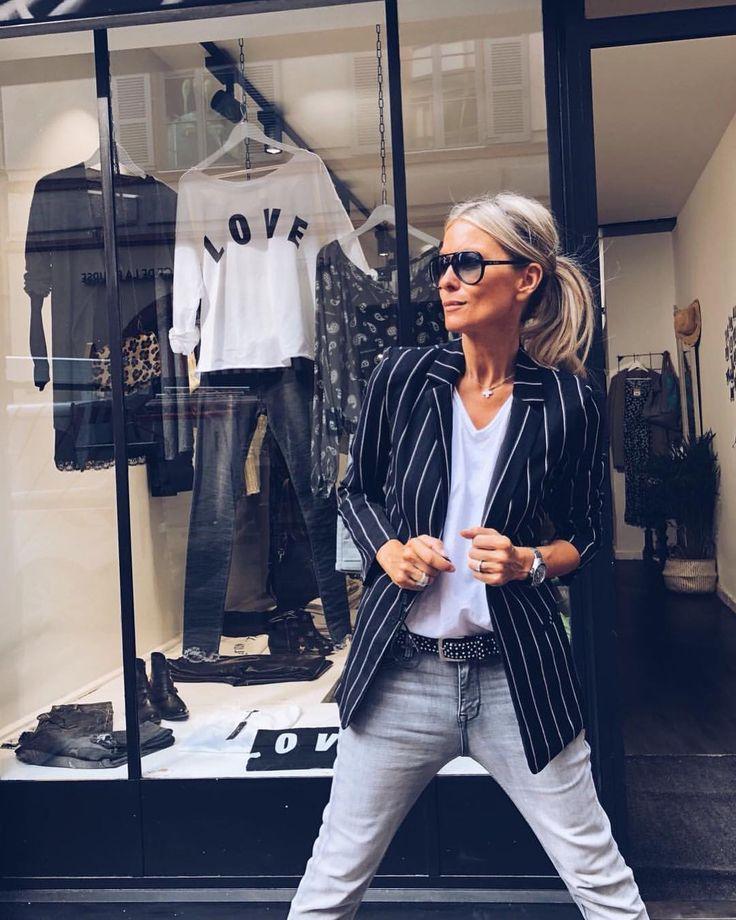 Facebook : Grungemama sur Instagram : Hello mes BEAUTÉS🌸🌸 c'est parti avec les nouveautés😍😍 Vestes STRIPES Jeans RELAX Rdv sur…