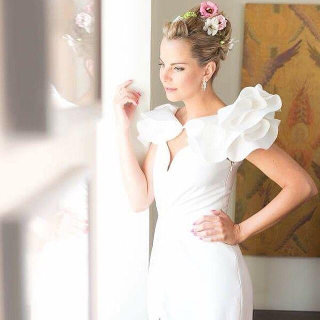Alae wedding dress