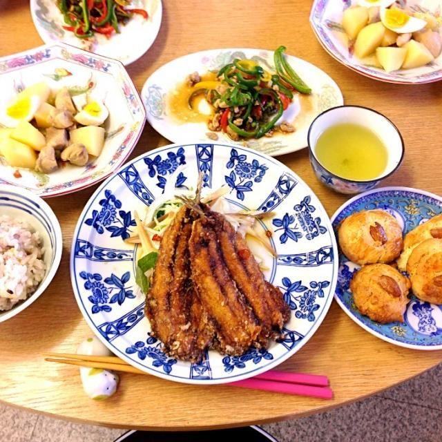 料理教室でした 右手使えへんし、合わせ調味料配合だけ担当 - 97件のもぐもぐ - 鰯の唐揚げ 夏野菜添え、鶏肉のさっぱり煮、ピーマンと挽肉の炒め煮、中国風クッキー by torakichi6