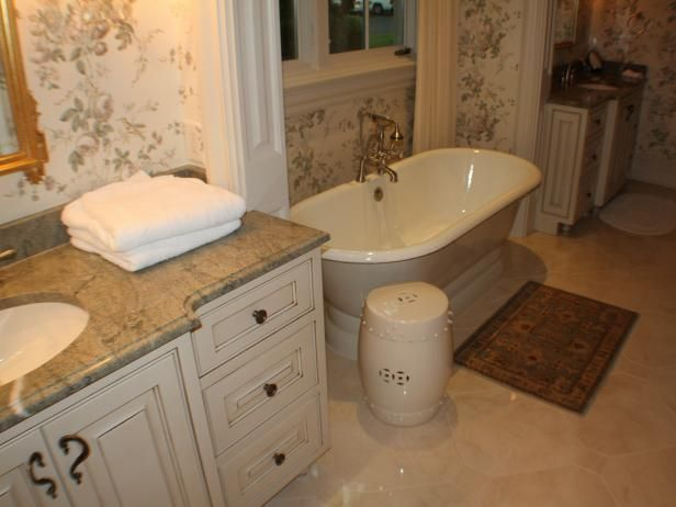Best 25 country bathroom vanities ideas on pinterest for Small country bathroom designs