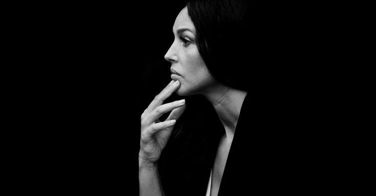 Monica Bellucci | The Talks I know that beauty invites a certain curiosity. But, as Oscar Wilde said, beauty is just five minutes long if you don't have anything else to sustain that curiosity.