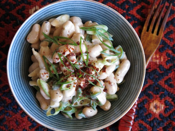 Cannellini Bean Salad with Tahini Dressing from www.vegfusion.org