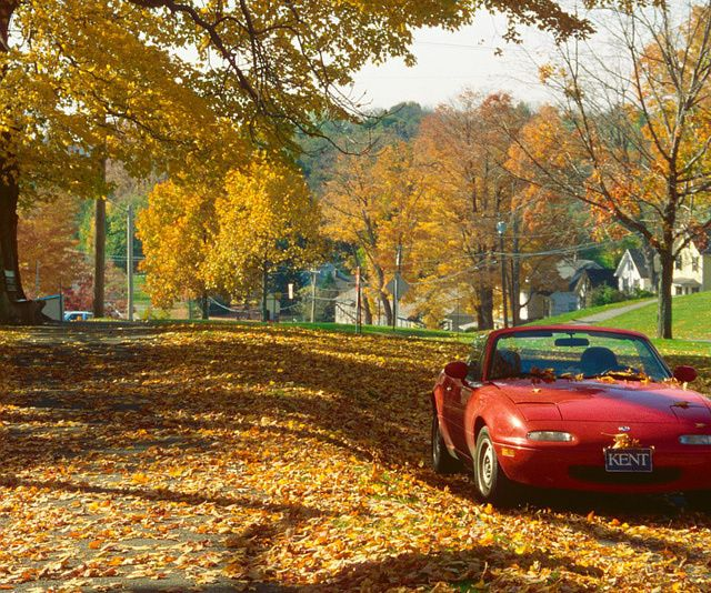 Best Fall Drives in Connecticut: Connecticut's Litchfield County is a scenic place for a fall drive.