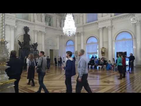 Эрмитаж, Санкт Петербург КРАСИВЕЙШЕЕ ПЕНИЕ! - песенный флешмоб (19.12.2016) Singing in the Hermitage - YouTube