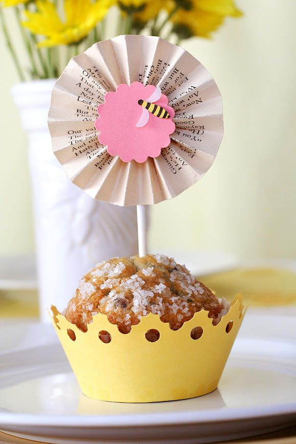 Throw a fun brunch in honor of your mom for Mother's Day with a Queen Bee theme! Decorate your DIY party with handmade muffin wraps and dessert toppers, placemats, table décor, food labels, photo holders and more. She'll feel incredible receiving such royal treatment!