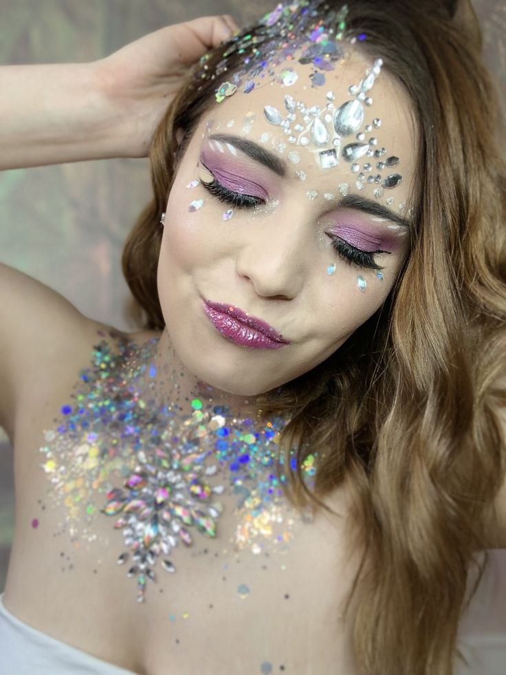 #limelife #makeup #festivallooks #glitterideas #glittermakeup –