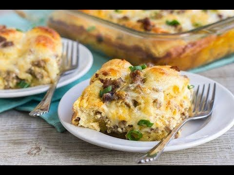 [VIDEO] Cheesy Sausage Crescent Roll Breakfast Casserole is a filling breakfast that makes a wonderful brunch bite that everyone will love!