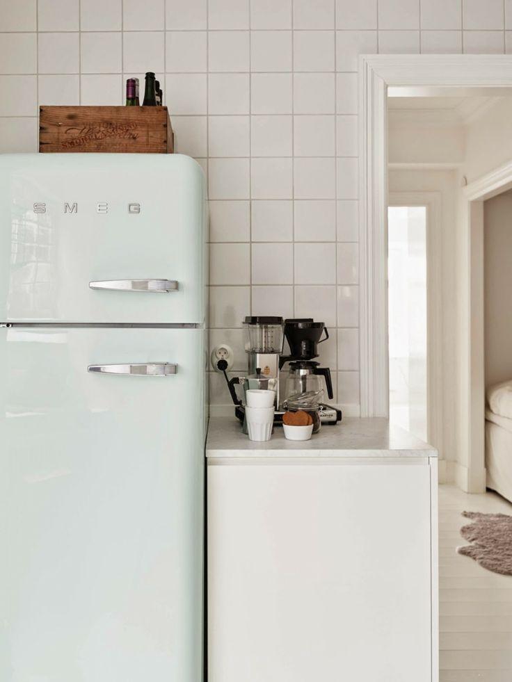 Die 25+ besten Ideen zu Smeg kühlschrank auf Pinterest ...   {Kühlschrank retro weiß 67}