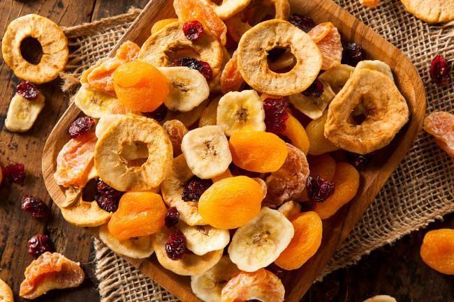 Cuando hablamos de los distintos tipos de frutas os decíamos que dentro de las frutas secas se encuentran las semillas y aquellas frutas...
