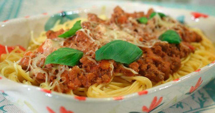 Aprende a preparar esta receta de Spaghetti a la bolognesa , por Sonia Ortiz en elgourmet