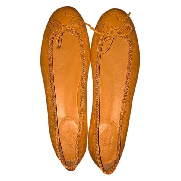 Pre-owned Gucci Orange Leather Ballet Flats ($216) ❤ liked on Polyvore featuring shoes, flats, orange, women shoes ballet flats, ballerina pumps, genuine leather shoes, ballet shoes, ballet pumps and leather ballet shoes
