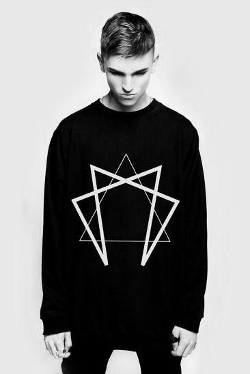 #fashion #sweatshirt