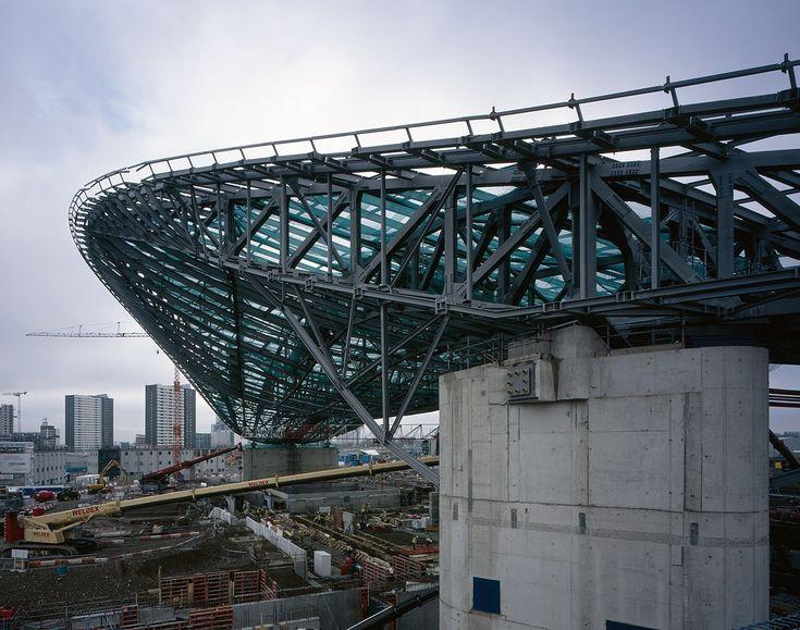 Gallery of London Aquatics Centre for 2012 Summer Olympics / Zaha Hadid Architects - 5