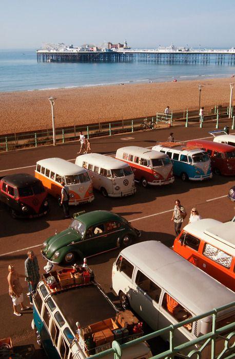 Vintage VW vans & bugs + the ocean = love :)