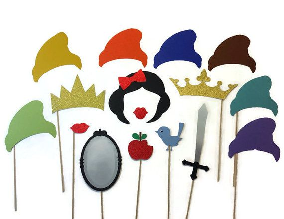 Photo Booth Props Snow White and the 7 Dwarfs by CraftingbyDenise