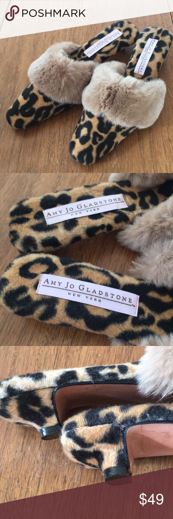 Amy Jo Gladstone New York slippers/shoes I have loved these slippers for so many years and I only worn them a once in the house.  They are a size Medium and ideal for a narrow foot.   I'm a size 7 1/2 and there is about an inch behind my heel when I have them on.  Very unique and classic, I've never seen another pair like them! Amy Jo Gladstone New York Shoes Slippers