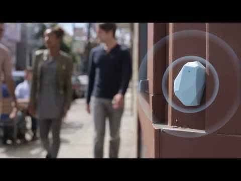 ▶A new era in customer engagement :: Estimote Smart Beacons - welcome to the contextual computing era! - YouTube