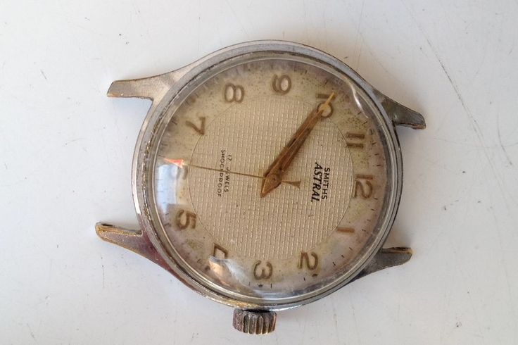 AUCTIONS ENDING ON WEDNESDAY 17 MAY FROM 8pm NEW AUCTIONS STARTING FROM 8pm.........MENS VINTAGE SMITHS ASTRAL MANUAL WIND 17 JEWELS SHOCKPROOF WORKING WATCH