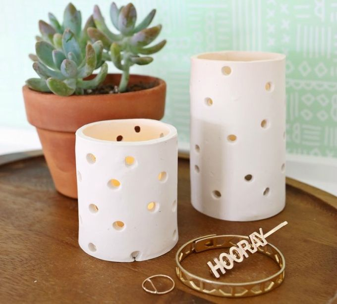 Do you love doing clay projects? Here are 35 different air dry clay projects you can try to create. Includes DIY tutorials and craft ideas.