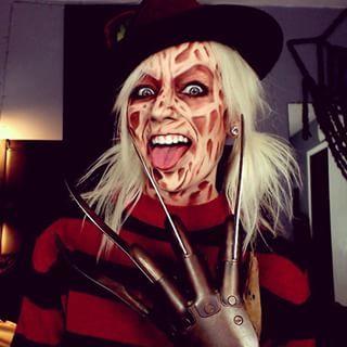 Y esta despampanante Freddy Krueger.   26 Maquillajes que te darán toda la inspiración necesaria para Halloween
