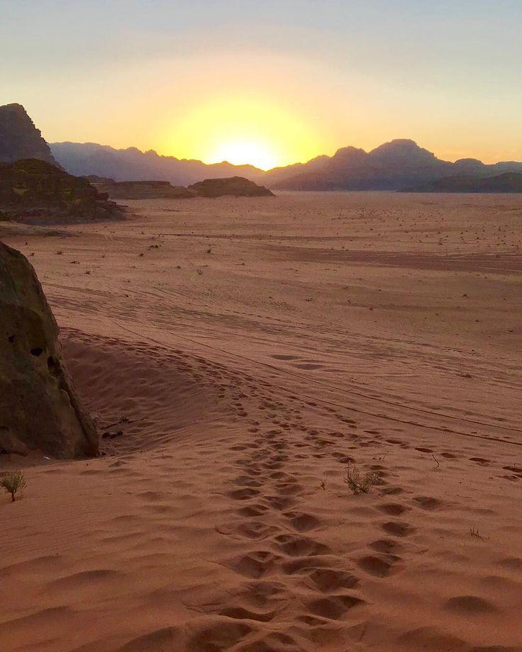 Desert sunsets  dont get any more spectacular than this. #wadirum #love #myjordanjourney @visitjordan #travel #traveltuesday @myjordanjourney
