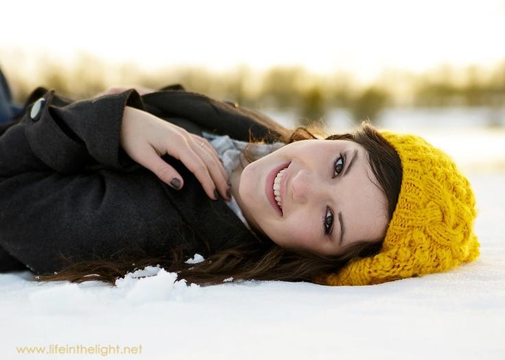 Winter senior pictures http://lifeinthelight.net/blog/