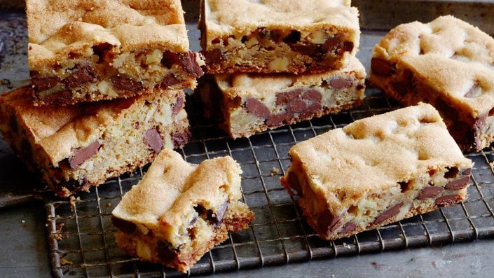 How to make the perfect Chocolate Chunk Blondies by Ina Garten on Food Network UK.