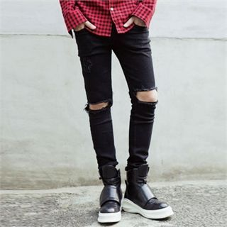 Buy TOMONARI Distressed Skinny Pants at YesStyle.com! Quality products at remarkable prices. FREE WORLDWIDE SHIPPING on orders over 300 SEkr.