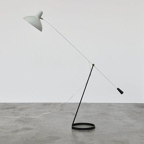 thin lines weight balance lamp