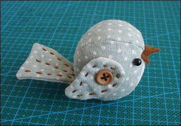 DIY Crafts : DIY Easy sewing projects of stuffed bird