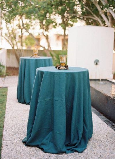 La Tavola Fine Linen Rental: Tuscany Twilight | Photographer: Lauren Kinsey, Planner: Shelby Peaden Events, Florist and Lighting: Myrtie Blue