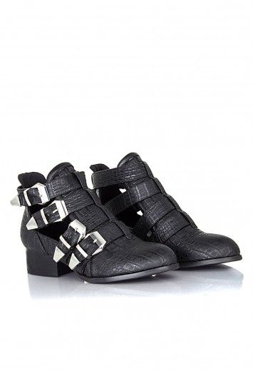 Missguided - Tricia Multi Buckle Side Cut Out Boots