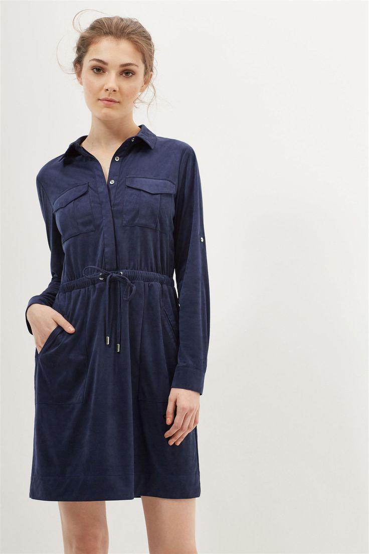 Vestido camisero de antelina. Manga larga ajustable. Cintura ajustable. Bolsillos en el pecho. | Vestidos y monos | Cortefiel
