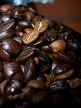 Café descafeinado: cómo se elimina la cafeína.