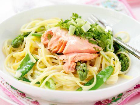 Laxpasta med grönsaker Receptbild - Allt om Mat