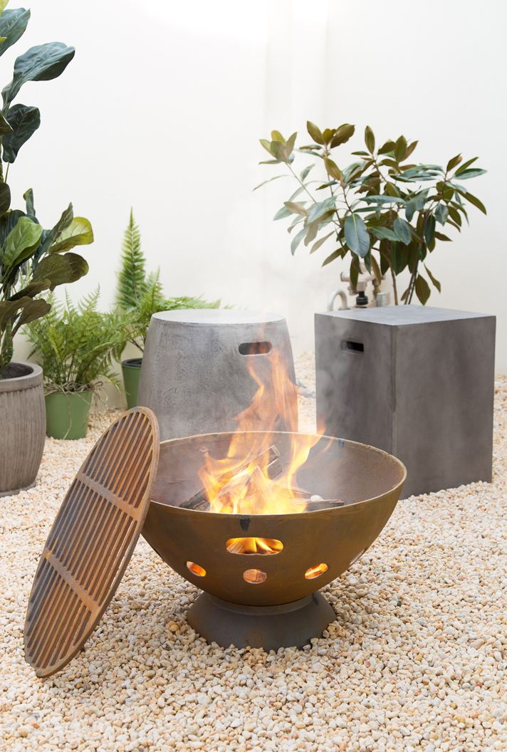 Sahara 55cm Cast Iron Fire Pit In 2019 Keeping Warm Iron Fire Pit Cast Iron Fire Pit Fire Pit Backyard