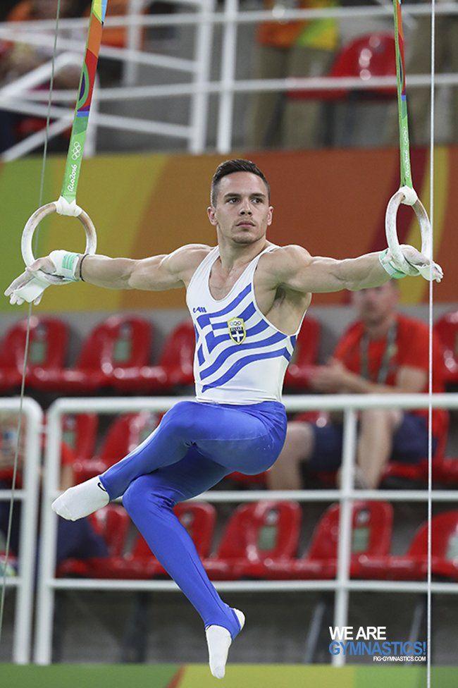 Ολυμπιακοί Αγώνες: Δείτε το σόου Πετρούνια με... σταυροπόδι στους κρίκους
