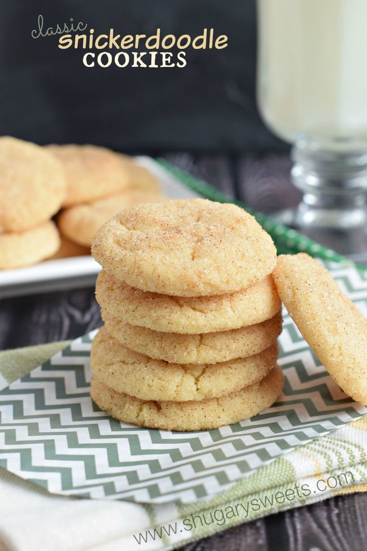 Classic Snickerdoodle Cookies: chewy and delicious, you need to bake a batch of these perfect cookies today!