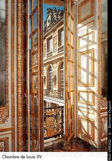 63 best images about history of interiors on pinterest for Chambre louis xiv