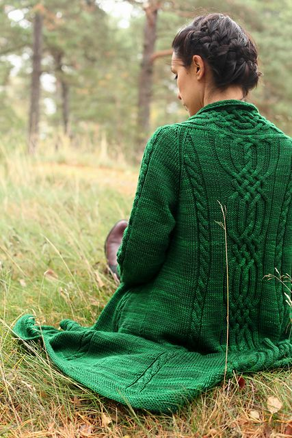 Ravelry: Adventurous pattern by Joji Locatelli