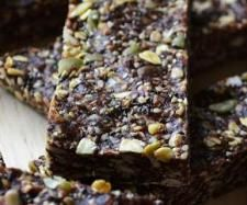 Recipe Thermomix Raw Superfood Seed Energy Bars by Battyquilter - Recipe of category Desserts sweets