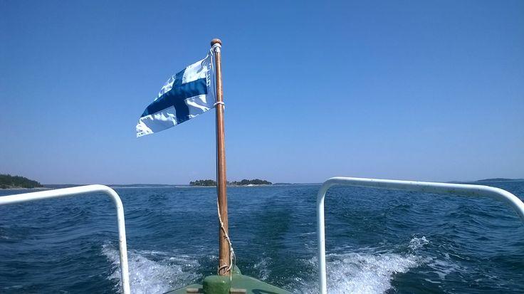 Båtresa söder om Pensar.