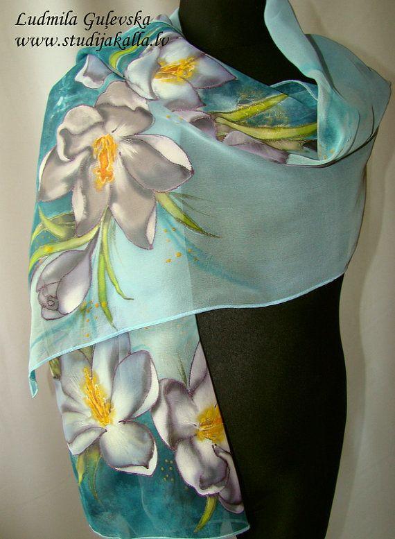 Natural silk shawl floral sea blue light blue by Studijakalla