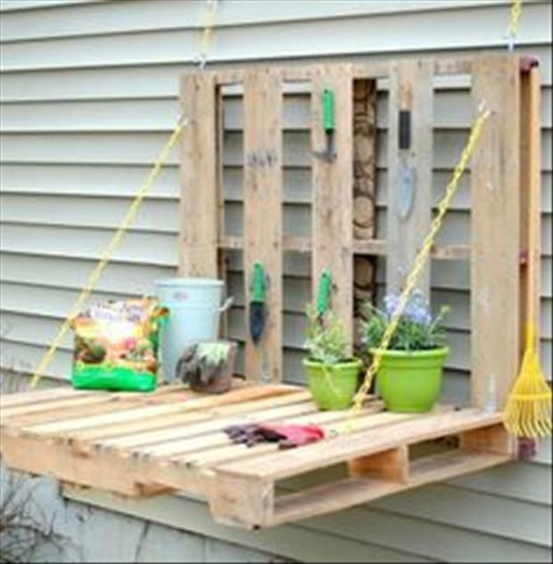 Amazing Uses For Old Pallets - 30 Pics ~ via http://www.dumpaday.com/genius-ideas-2/amazing-uses-old-pallets-30-pics-3/