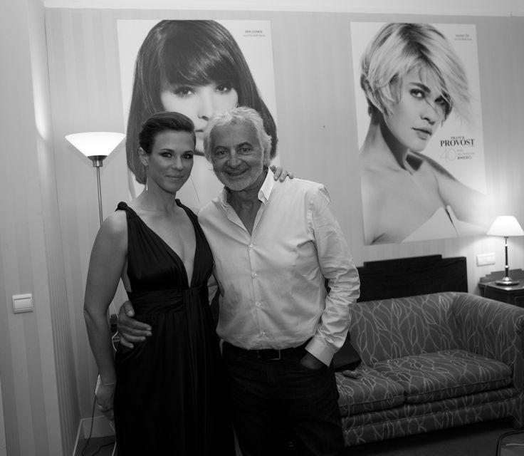 La chanteuse Lorie Pester, toujours pétillante et habituée du Festival, aux côtés de Franck Provost.  #Cannes #cannes2015 #cannesforever #CannesFilmFestival #festivaldecannes #franckprovost #franckprovostparis #backstage