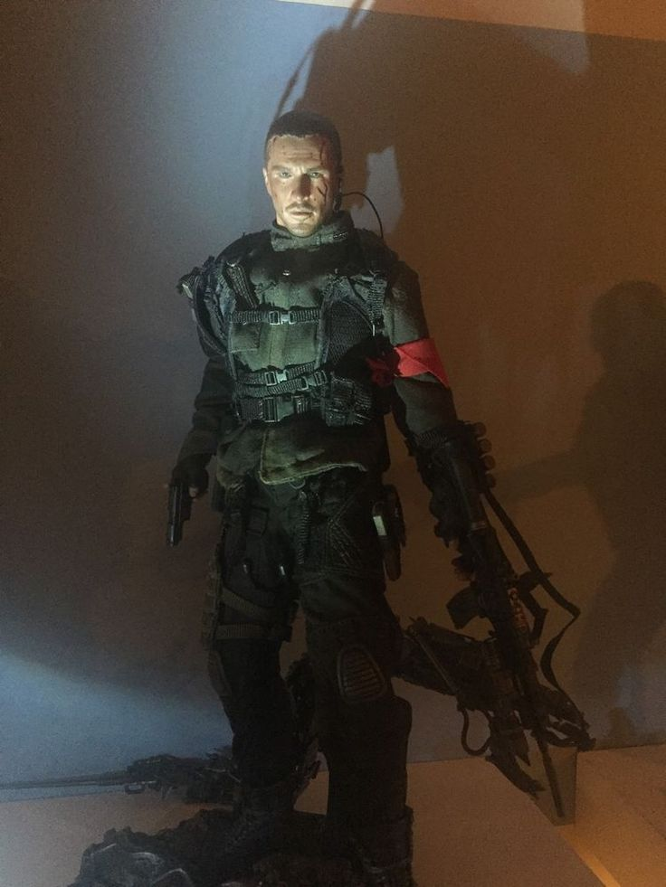 "Hot Toys Terminator Salvation John Connor 1/6 scale 12"" figure Christian Bale #HotToys"