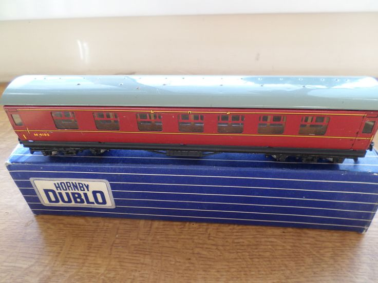 Hornby Dublo 00 Gauge Tinplate D22 Corridor Coach B.R 2nd Brake by RoseCollectable on Etsy